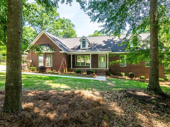 Outstanding 215 Cody Dr Macon Ga 31216 Zillow Home Interior And Landscaping Mentranervesignezvosmurscom