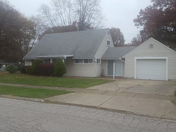 3 bed 1 bath Single Family at 1011 Cooper Dr Cuyahoga Falls, OH, 44221 is for sale at 109k - 1 of 15