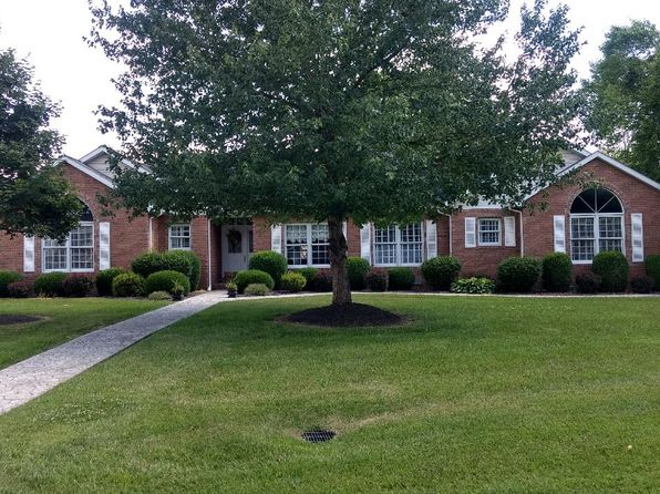 4 bed 3 bath Single Family at 1803 Reveille Rd Marion, IL, 62959 is for sale at 260k - 1 of 23