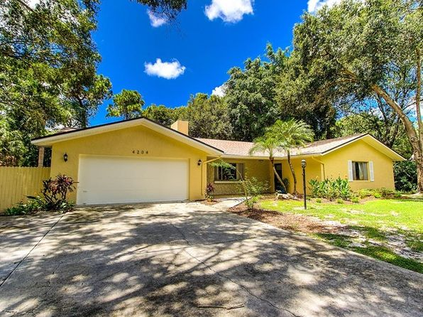 3 bed 2 bath Single Family at 4204 Pine Meadow Ter Sarasota, FL, 34233 is for sale at 355k - 1 of 11