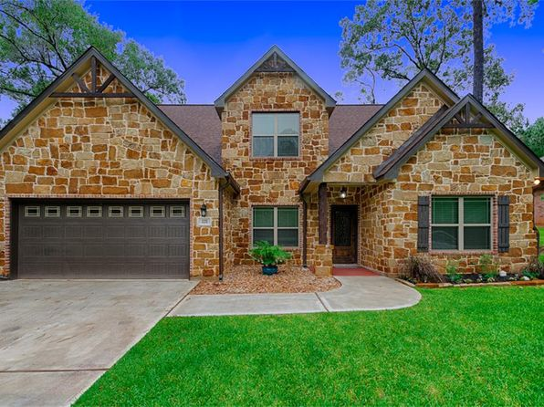 4 bed 3 bath Single Family at 221 Evergreen Dr Huntsville, TX, 77340 is for sale at 299k - 1 of 31