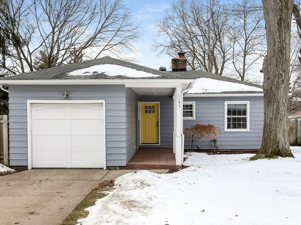 3 bed 2 bath Single Family at 1155 Lake Grove Ave SE Grand Rapids, MI, 49506 is for sale at 299k - 1 of 36