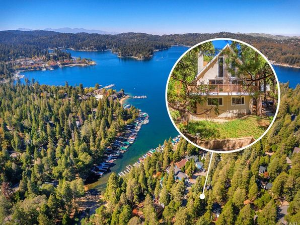 3 bed 2 bath Single Family at 131 JOHN MUIR RD LAKE ARROWHEAD, CA, 92352 is for sale at 469k - 1 of 24