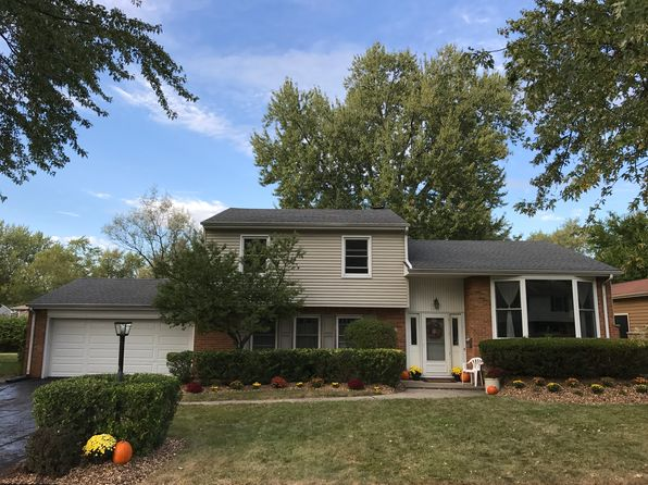4 bed 3 bath Single Family at 1316 E Gloria Dr Palatine, IL, 60074 is for sale at 295k - 1 of 27