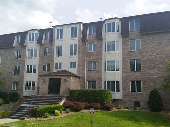 2 bed 2 bath Condo at 3660 186th St Lansing, IL, 60438 is for sale at 85k - 1 of 22