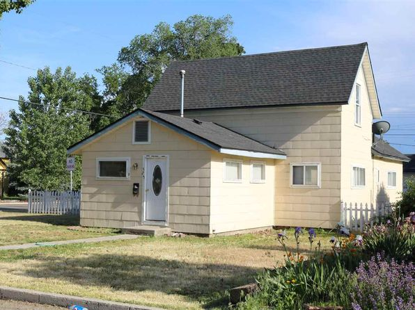 5 bed 2 bath Single Family at 525 E 3rd St Emmett, ID, 83617 is for sale at 124k - 1 of 23