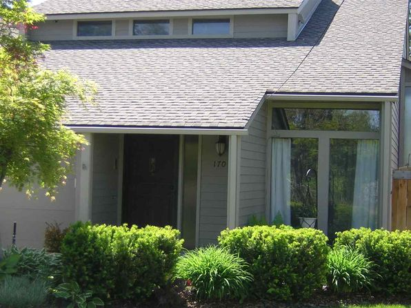 3 bed 3 bath Single Family at 1707 W Euclid Ave Spokane, WA, 99205 is for sale at 270k - 1 of 15