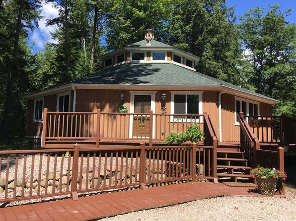 3 bed 2 bath Single Family at 719 N Straits Hwy Indian River, MI, 49749 is for sale at 170k - 1 of 5