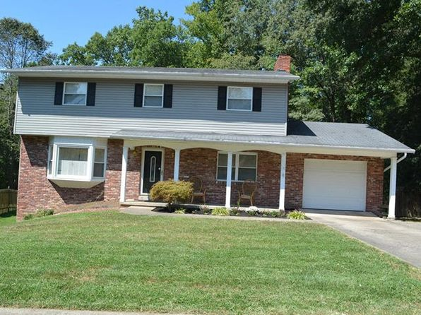 4 bed 3 bath Single Family at 2029 Parkwood Rd Charleston, WV, 25314 is for sale at 275k - 1 of 17