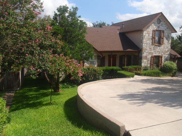 4 bed 3 bath Single Family at 6727 Washita Way San Antonio, TX, 78256 is for sale at 320k - 1 of 62