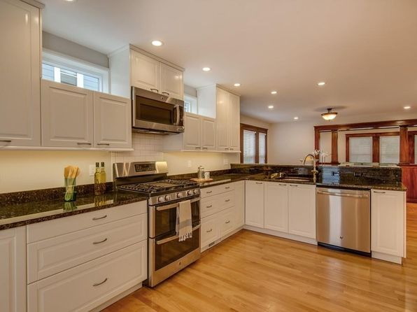 2 bed 2 bath Condo at 935 Broadway Somerville, MA, 02144 is for sale at 730k - 1 of 17