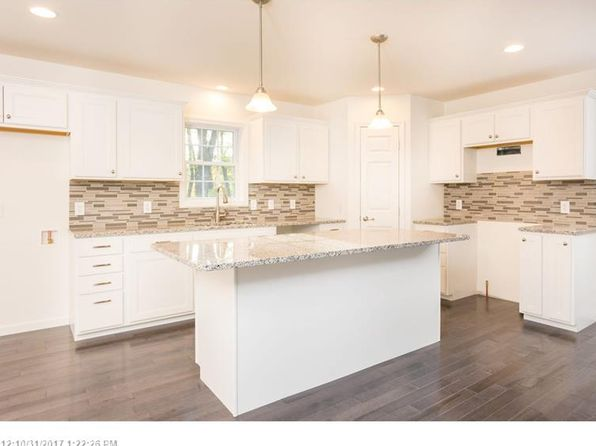 3 bed 2 bath Single Family at 20 DAWSON ST SOUTH BERWICK, ME, 03908 is for sale at 300k - 1 of 34