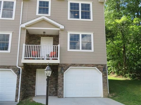 3 bed 3 bath Townhouse at 412 Olympic Ln Fairmont, WV, 26554 is for sale at 175k - 1 of 8