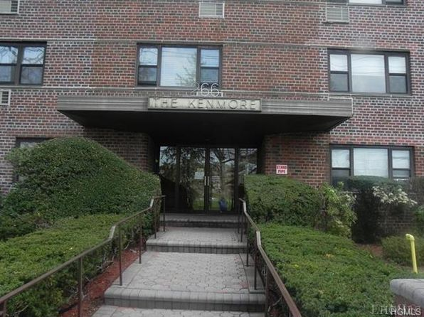 1 bed 1 bath Cooperative at 266 Pelham Rd New Rochelle, NY, 10805 is for sale at 159k - 1 of 30