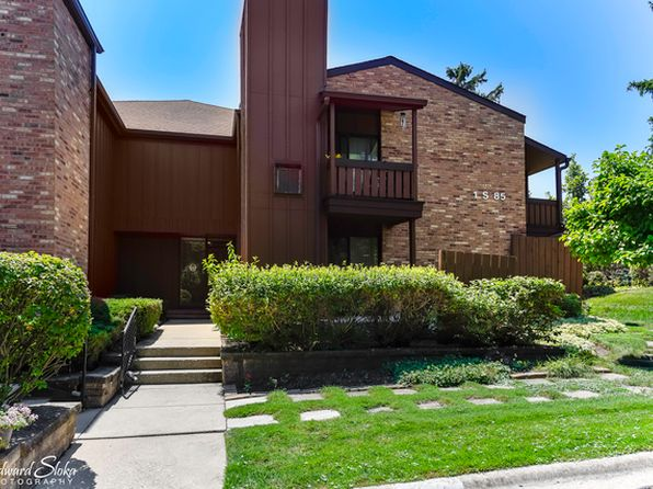 2 bed 2 bath Condo at 1S085 Spring Rd Oakbrook Terrace, IL, 60181 is for sale at 228k - 1 of 15