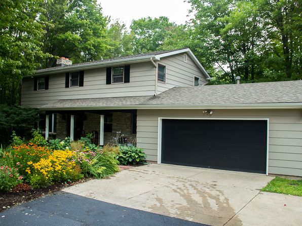4 bed 3 bath Single Family at 945 S Vandenboom Rd Marquette, MI, 49855 is for sale at 320k - 1 of 31