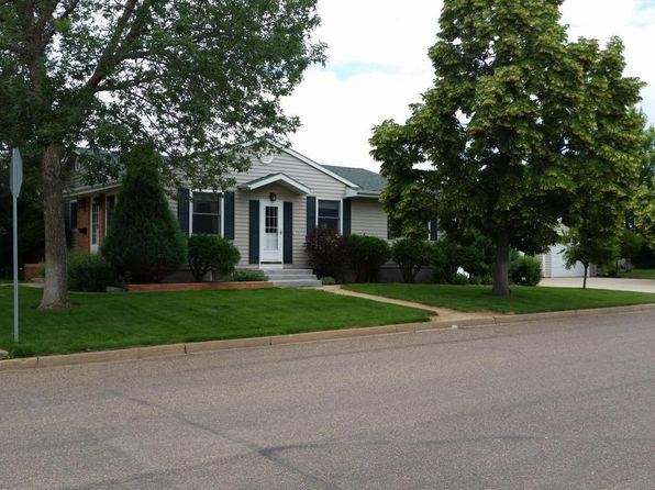 5 bed 3 bath Single Family at 1404 2nd St W Dickinson, ND, 58601 is for sale at 316k - 1 of 68