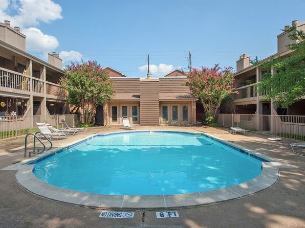 2 bed 2 bath Condo at 5130 Amesbury Dr Dallas, TX, 75206 is for sale at 135k - 1 of 26