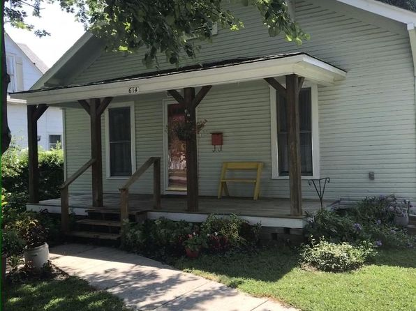 2 bed 1 bath Single Family at 614 W Maple St Columbus, KS, 66725 is for sale at 49k - 1 of 15