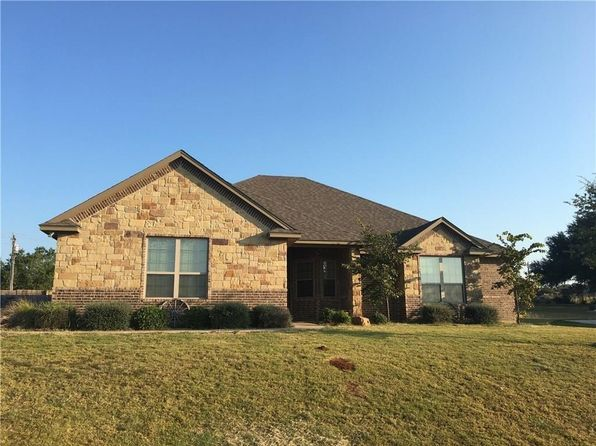 4 bed 2 bath Single Family at 3603 Upper Lake Cir Granbury, TX, 76049 is for sale at 240k - 1 of 14