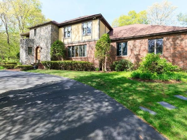 5 bed 4 bath Single Family at 25 PLEASANT HEIGHTS DR NORTH EASTON, MA, 02356 is for sale at 680k - 1 of 2