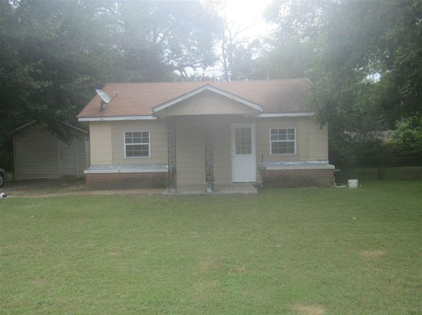 2 bed 1 bath Single Family at 402 Glover Dr Longview, TX, 75601 is for sale at 54k - 1 of 12