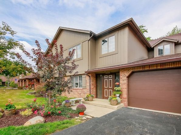 3 bed 2 bath Condo at 7930 W Lakeview Ct Palos Heights, IL, 60463 is for sale at 200k - 1 of 22