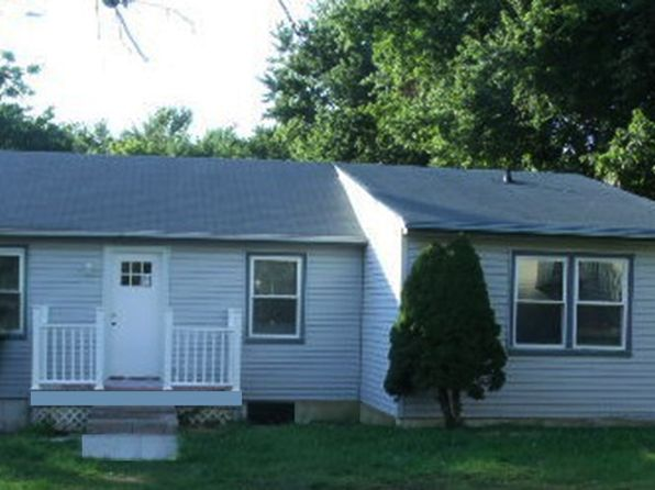 3 bed 2 bath Single Family at 18 Cottrell Rd Matawan, NJ, 07747 is for sale at 350k - 1 of 7