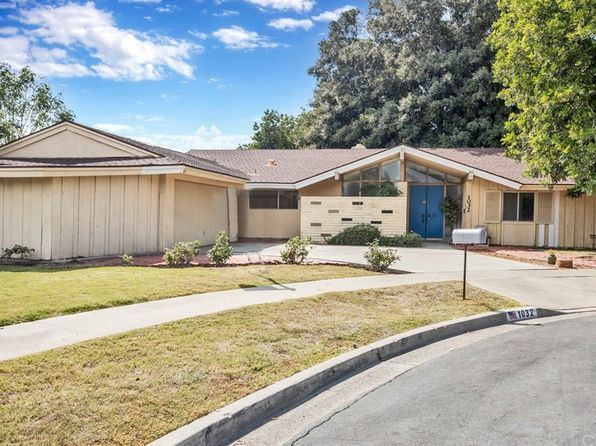 5 bed 3 bath Single Family at 1032 Saint Vincent Pl Santa Ana, CA, 92705 is for sale at 900k - 1 of 28