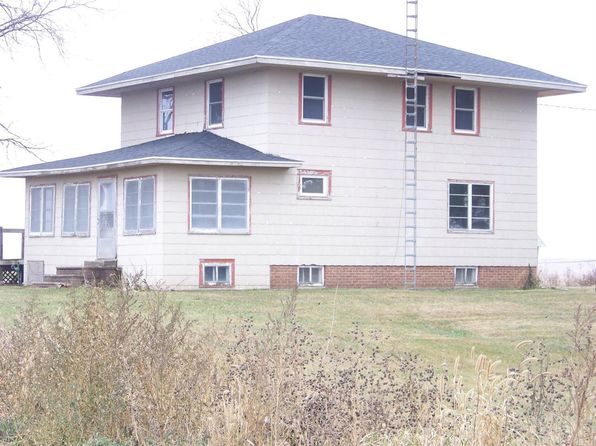 4 bed 2 bath Single Family at 1239 240th St Sheffield, IA, 50475 is for sale at 84k - 1 of 13