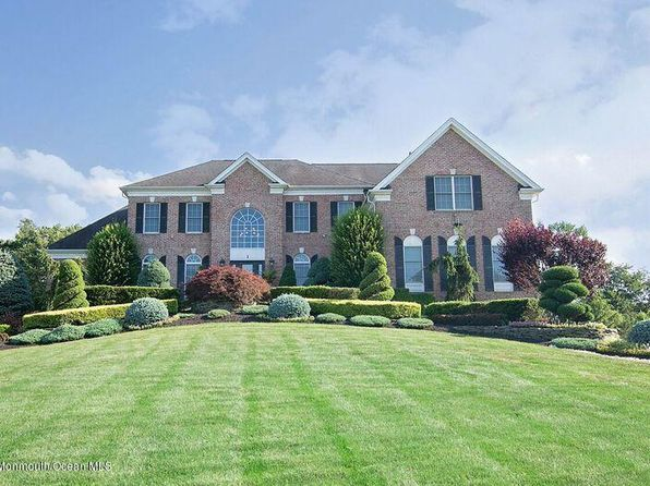 5 bed 4.5 bath Single Family at 1 Silverleaf Way Manalapan, NJ, 07726 is for sale at 1.08m - 1 of 38
