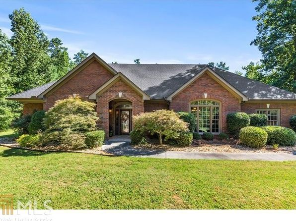 5 bed 4 bath Single Family at 8373 Post Rd Whitesburg, GA, 30185 is for sale at 625k - 1 of 36