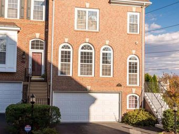 3 bed 4 bath Townhouse at 3378 Governors Crest Ct Alexandria, VA, 22310 is for sale at 650k - 1 of 30