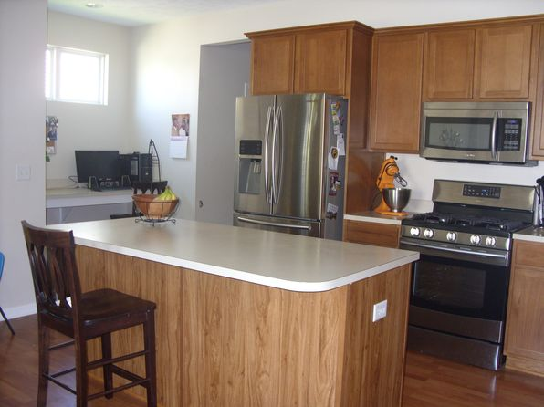 3 bed 3 bath Single Family at 4344 Stratton Blvd SE Kentwood, MI, 49512 is for sale at 240k - 1 of 9