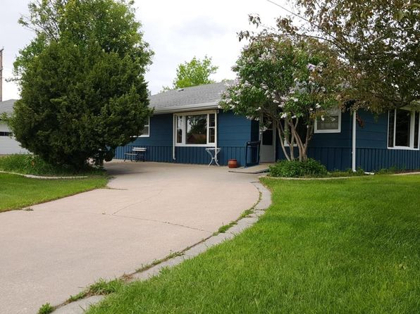 3 bed 2 bath Single Family at 3401 5th Ave N Great Falls, MT, 59401 is for sale at 200k - 1 of 35