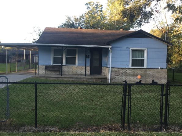 3 bed 2 bath Single Family at 1720 Ives St Beaumont, TX, 77703 is for sale at 30k - 1 of 8