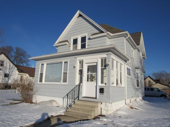 5 bed 2 bath Multi Family at 328 S Main St Brillion, WI, 54110 is for sale at 80k - 1 of 17