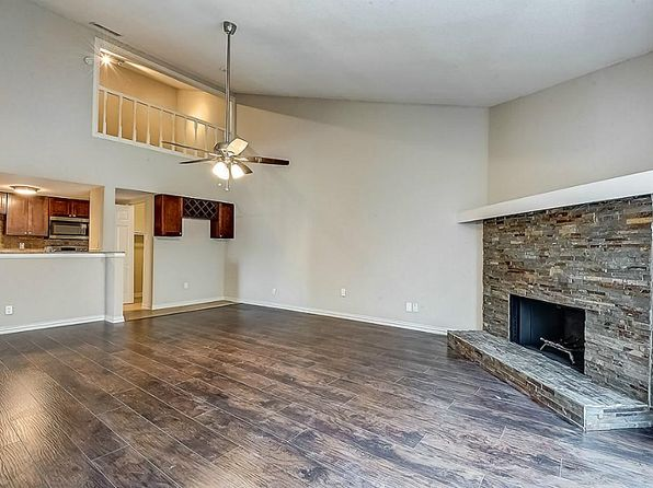 3 bed 2 bath Townhouse at 9505 Windswept Ln Houston, TX, 77063 is for sale at 135k - 1 of 25
