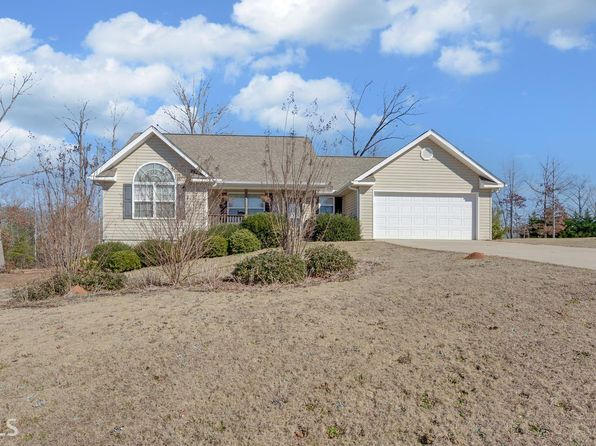 3 bed 2 bath Single Family at 716 Hummingbird Ct Clarkesville, GA, 30523 is for sale at 170k - 1 of 23