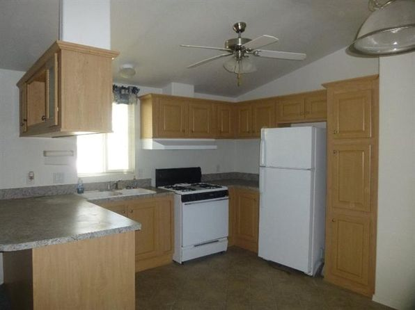 2 bed 2 bath Mobile / Manufactured at 21922 Ottawa Rd Apple Valley, CA, 92308 is for sale at 44k - 1 of 19