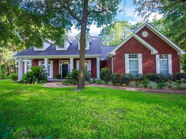 4 bed 3 bath Single Family at 2807 Longleaf Rd Panama City, FL, 32405 is for sale at 360k - 1 of 56