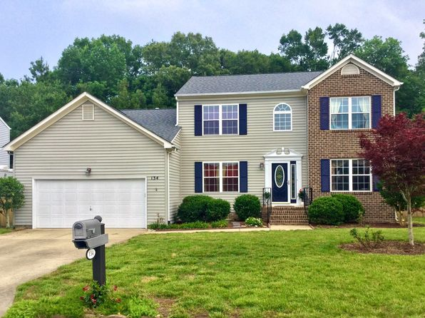 4 bed 3 bath Single Family at 134 Hedgerow Ln Yorktown, VA, 23693 is for sale at 400k - 1 of 27