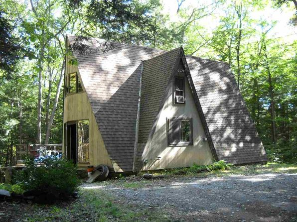 2 bed 1 bath Single Family at 187 Morrill Bnd Hartford, VT, 05059 is for sale at 115k - 1 of 6
