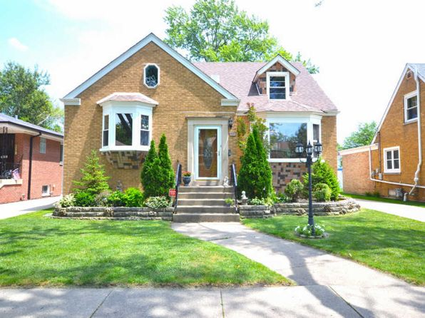 6 bed 2.5 bath Single Family at 2345 S 5th Ave Riverside, IL, 60546 is for sale at 415k - 1 of 25