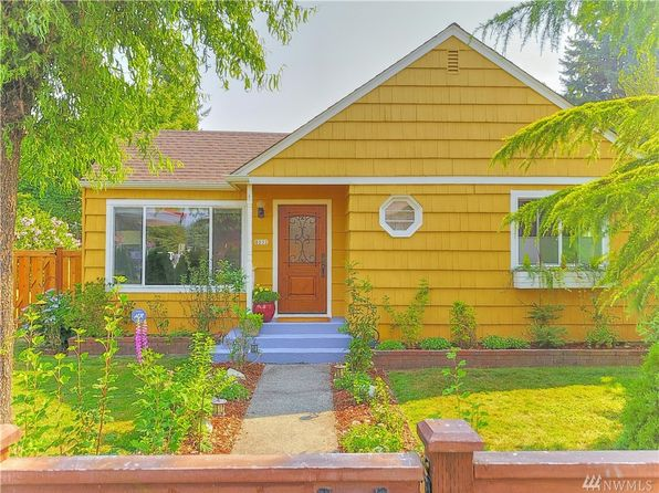 3 bed 1 bath Single Family at 8232 FALLS AVE SE SNOQUALMIE, WA, 98065 is for sale at 400k - 1 of 25