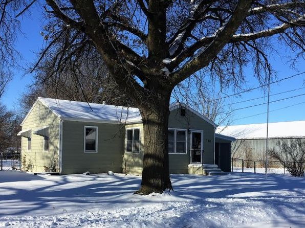 2 bed 1 bath Single Family at 710 Factory Pl Shenandoah, IA, 51601 is for sale at 64k - 1 of 3