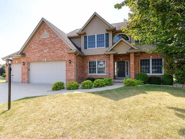 4 bed 3 bath Single Family at 3061 52nd Avenue Ct Bettendorf, IA, 52722 is for sale at 395k - 1 of 24