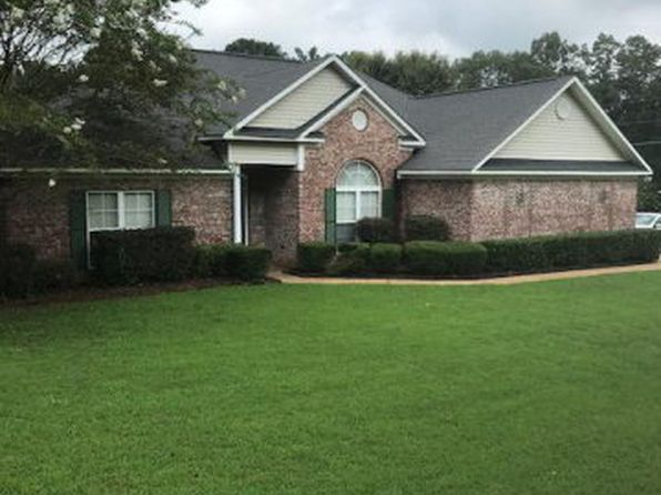 3 bed 2 bath Single Family at 100 Hunters Crest Cir Vicksburg, MS, 39183 is for sale at 195k - 1 of 13