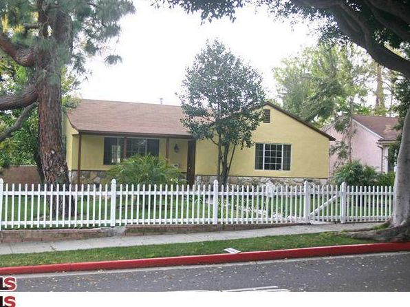 2 bed 1 bath Single Family at 2224 Navy St Santa Monica, CA, 90405 is for sale at 775k - 1 of 11
