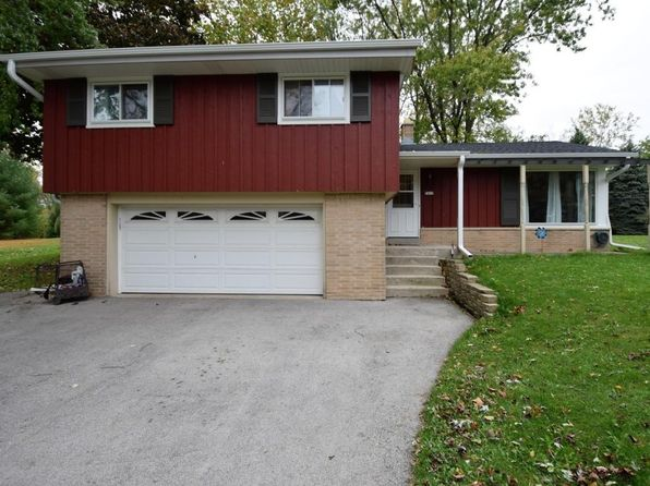 3 bed 2 bath Single Family at 7419 S Quincy Ave Oak Creek, WI, 53154 is for sale at 200k - 1 of 7